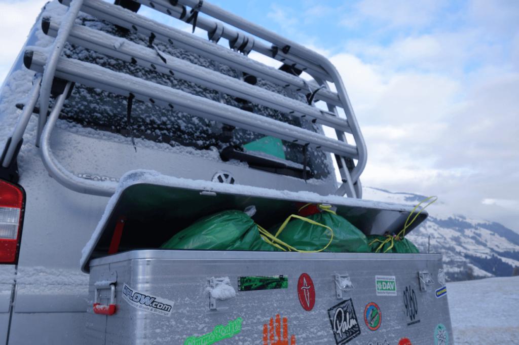 Die Transportbox im Einsatz, diesmal beim Mülltransport