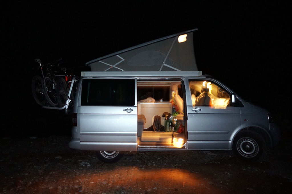 vw t5 california comfortline im test campingbus vergleich. Black Bedroom Furniture Sets. Home Design Ideas